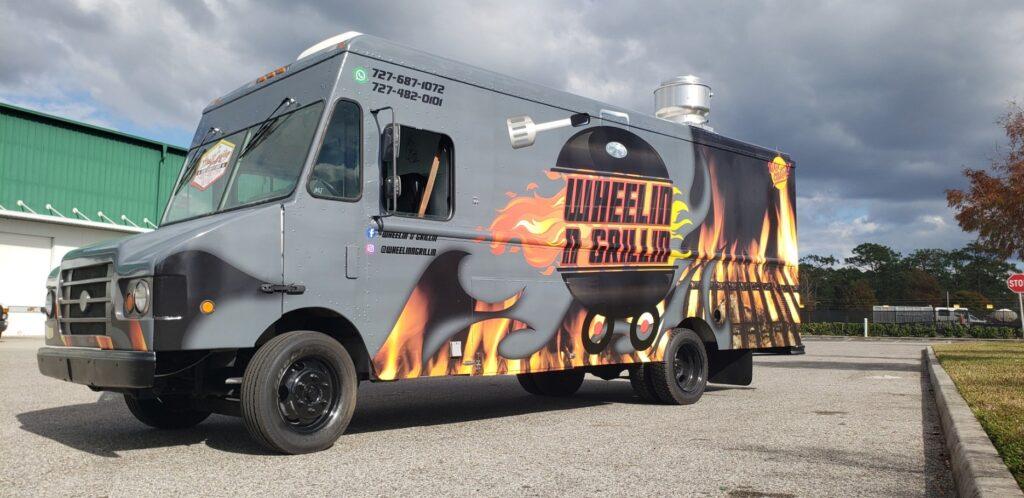 WHEELING & GRILLING truck customize by Head Custom